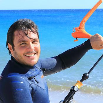 Kite Village Sardegna - Maurizio istruttore Kitesurf e Hydrofoil Punta Trettu