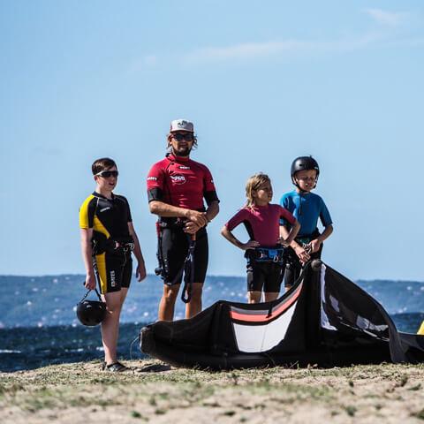 Scuola Kitesurf Sardegna Punta Trettu - Corsi Kitesurf Bambini
